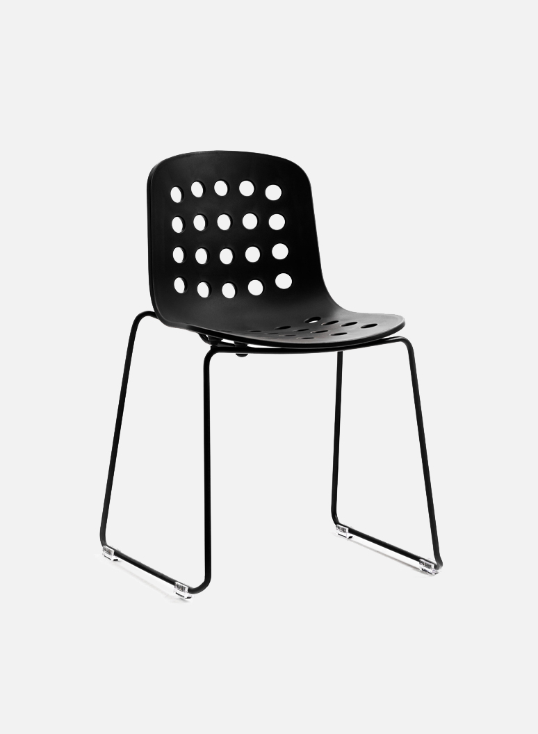 Holi Chair by TOOU | Holi sledge side chair open Black